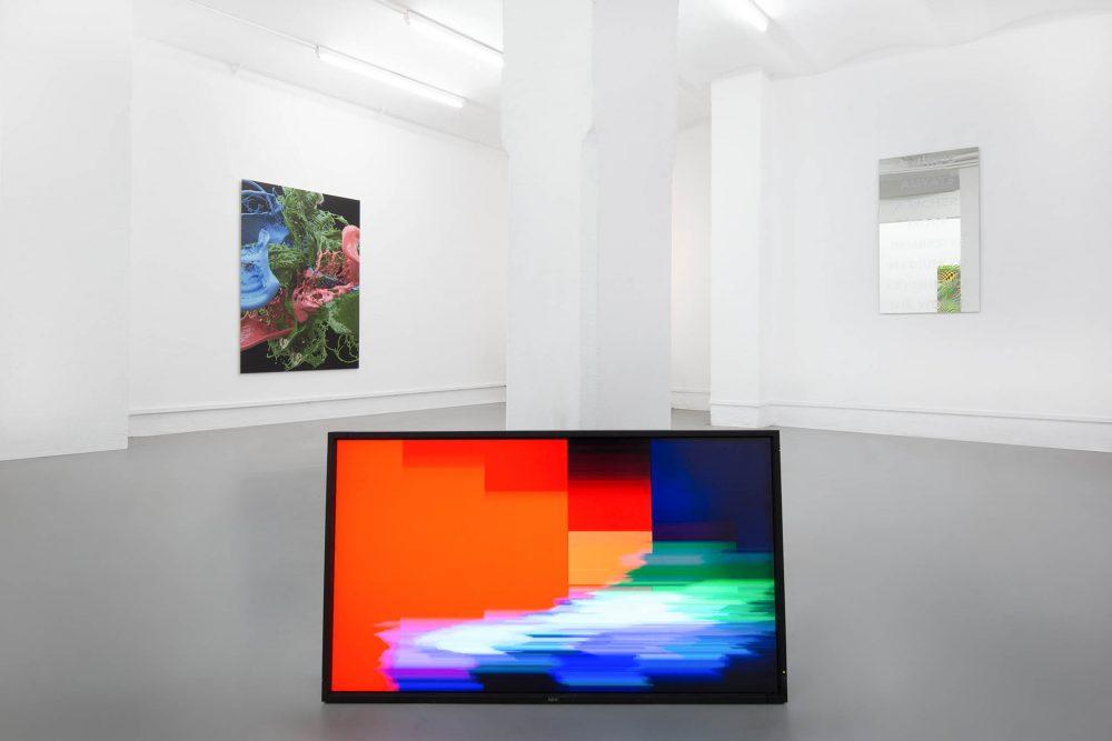 Installation view - UBERMORGEN - Banz und Bowinkel - Galerie ampersand