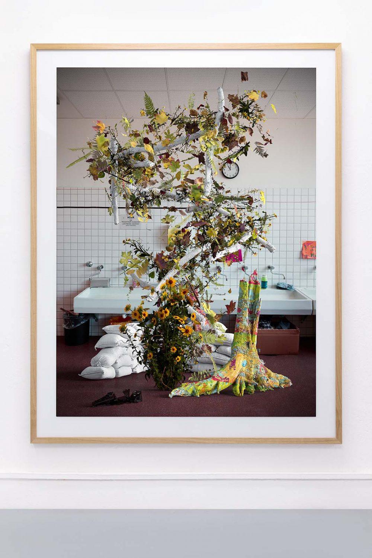 Tim Berresheim | Pinsel Waschen! | Falko Alexander gallery